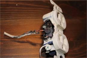 4 melted outlet